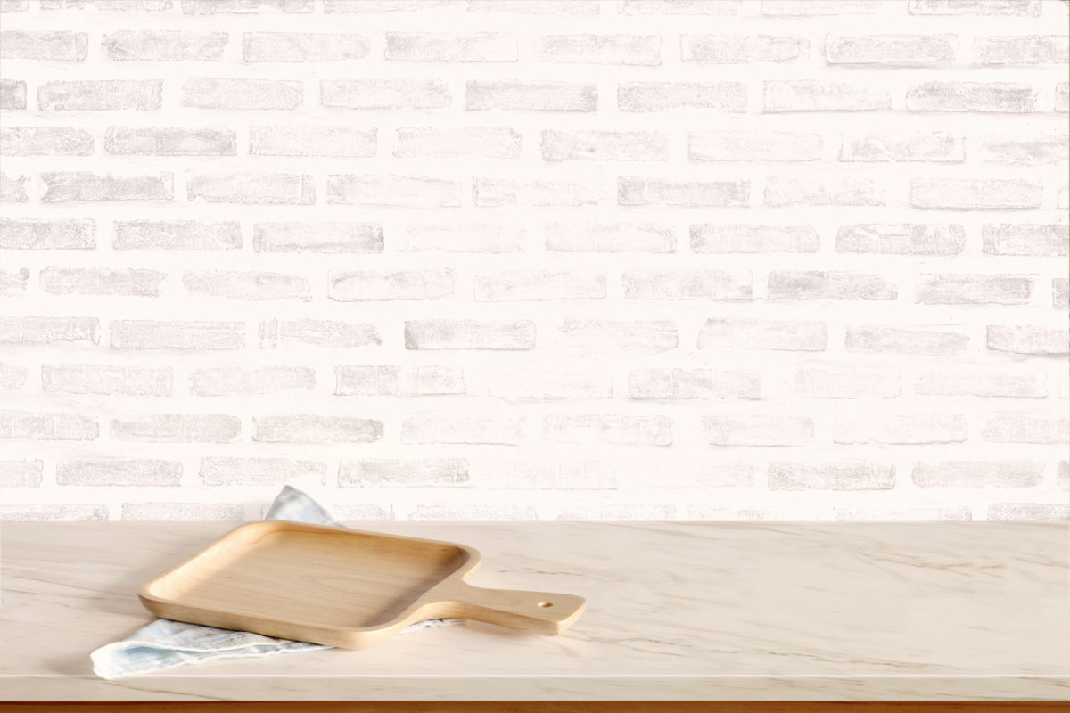 Come pulire il marmo bianco ingiallito