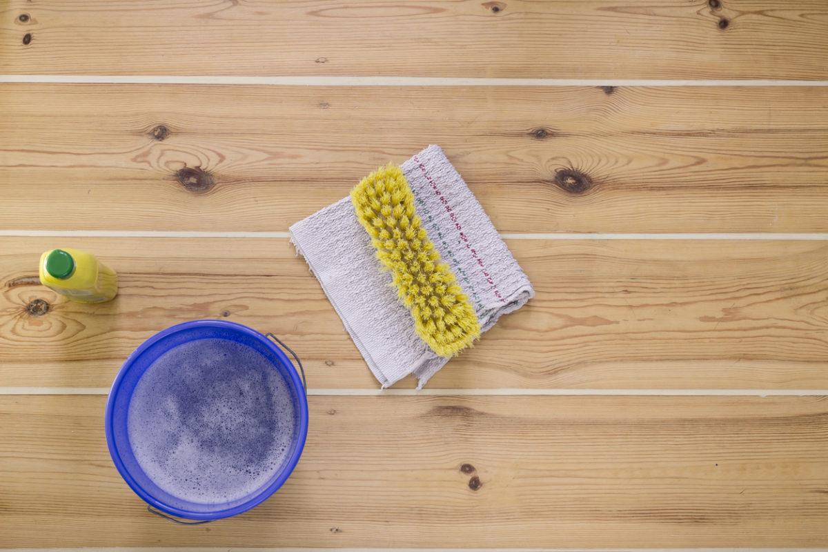 Come pulire il parquet opaco