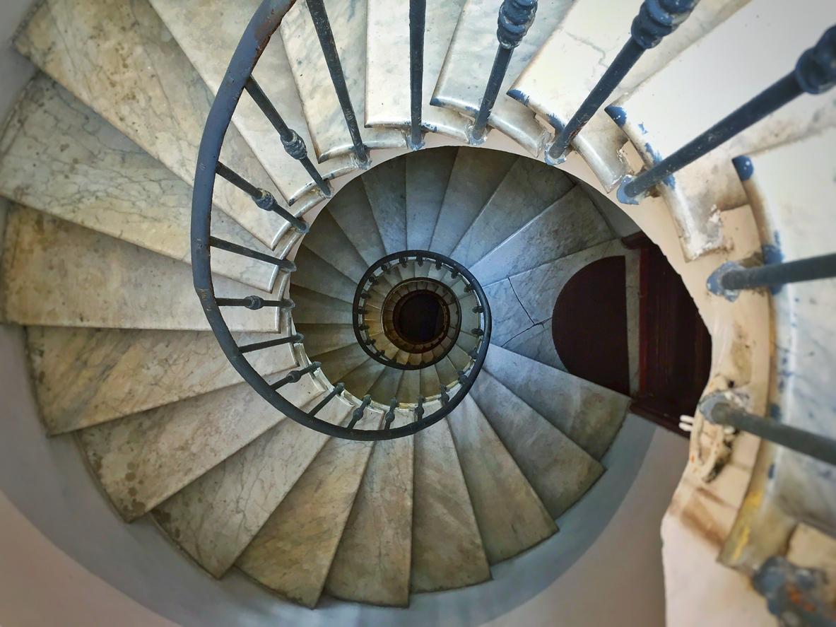 Come pulire le scale in pietra