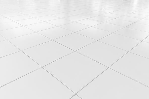 Come sgrassare i pavimenti in grès porcellanato