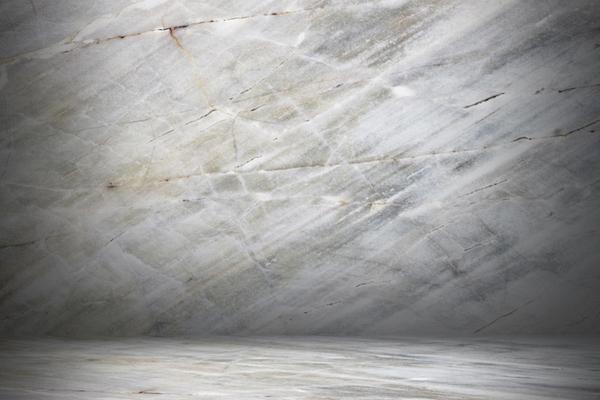 come lucidare i pavimenti in marmo